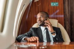 entertainer in plane